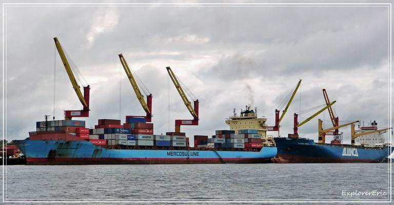 Hochsee-Hafen Manaus..............