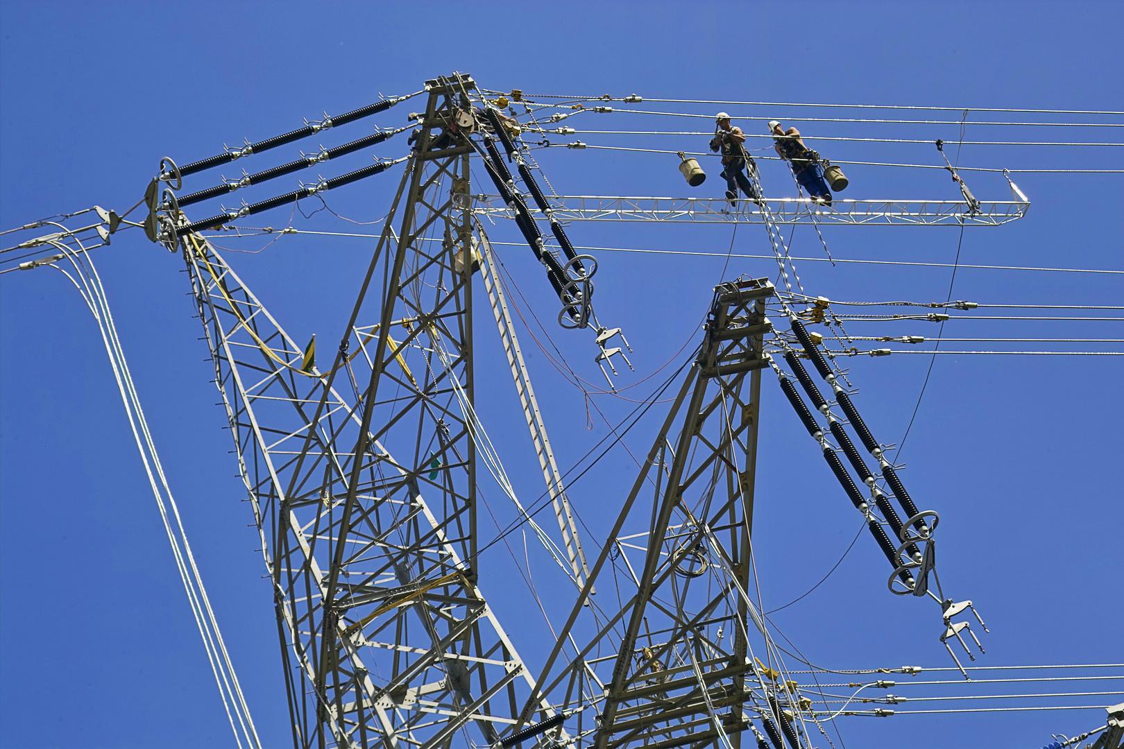 Hochspannungsarbeiten RWE in Niederzier