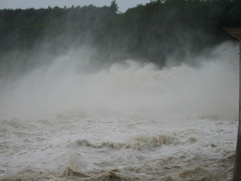 Hochwasser 0805 - Der Lech...