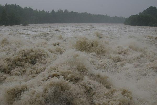 Hochwasser am Lech  mit 1.540 m³ pro Sekunde bzw  133056000 m³ pro Tag