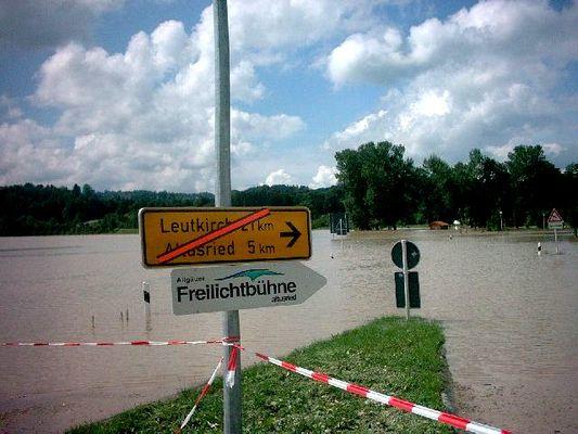 *Hochwasser* Kreisverkehr Umgehung Krugzell 1