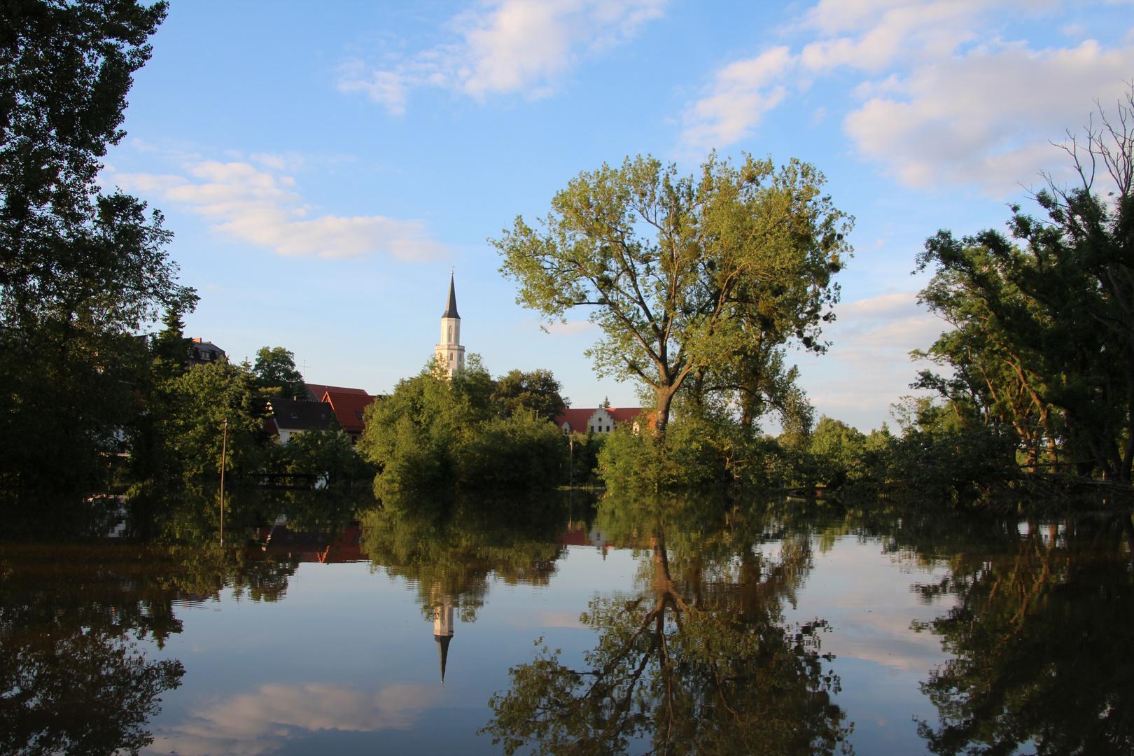 Hochwasserspiegelung bei Coswig (Anhalt)