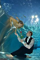 Hochzeit unter Wasser