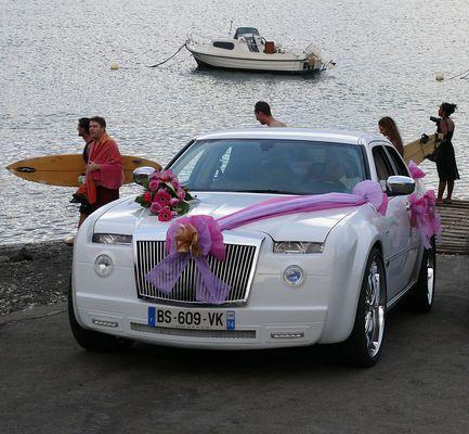 Hochzeitsauto am Strand