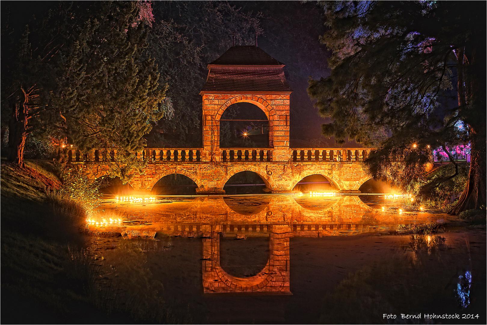 Hochzeitsbrücke Schloß Dyck zur Illumina 2014