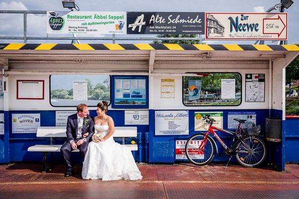 Hochzeitsfoto - Auf der Fähre in Seligenstadt