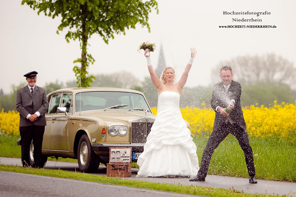Hochzeitsfotograf NRW - hier, in Rees-Millingen - Hochzeitsfoto mal anders ;)