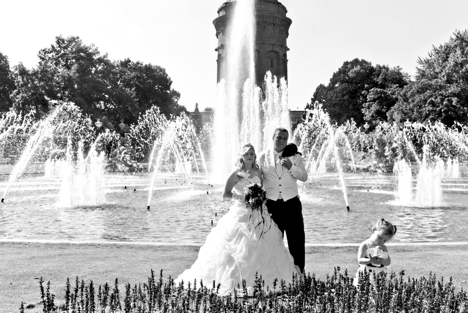Hochzeitspaar am Wasserturm