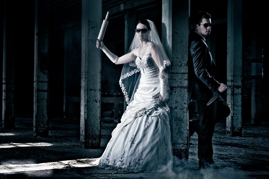 hochzeitsshooting mal anders foto bild hochzeit trash the dress wedding bilder auf. Black Bedroom Furniture Sets. Home Design Ideas