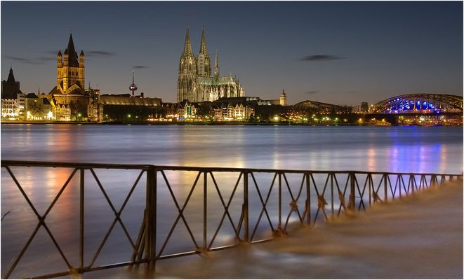 Höchstand des Hochwassers in Köln