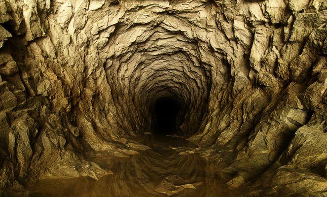 Höhle am Grimselpass