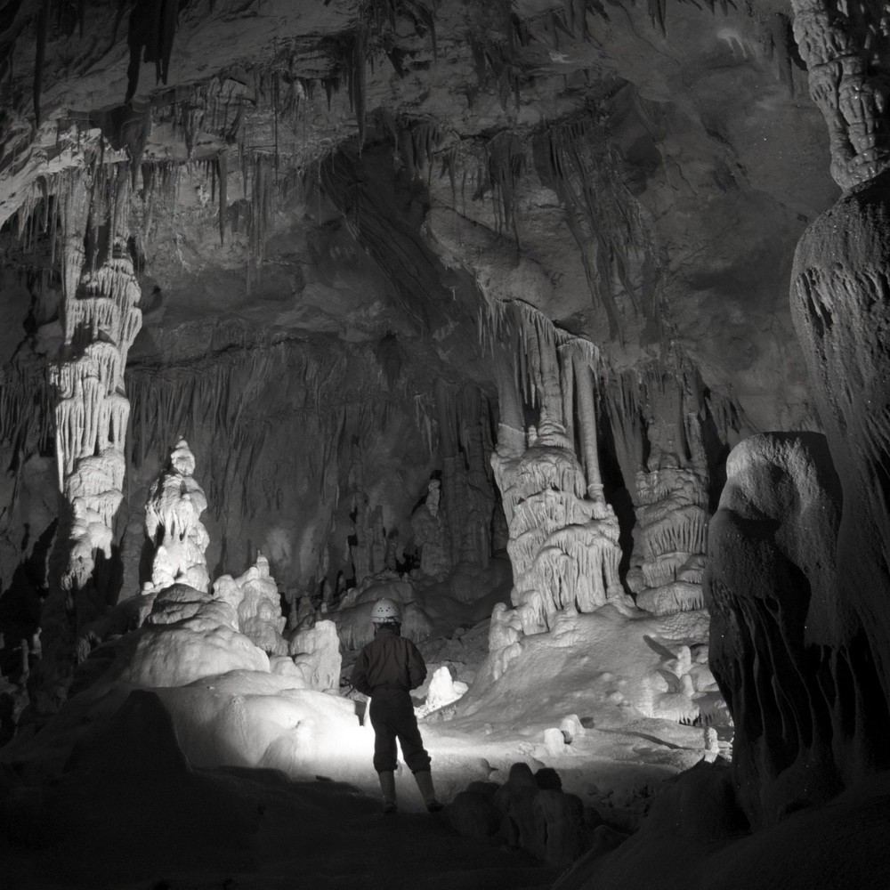 Höhle in SW