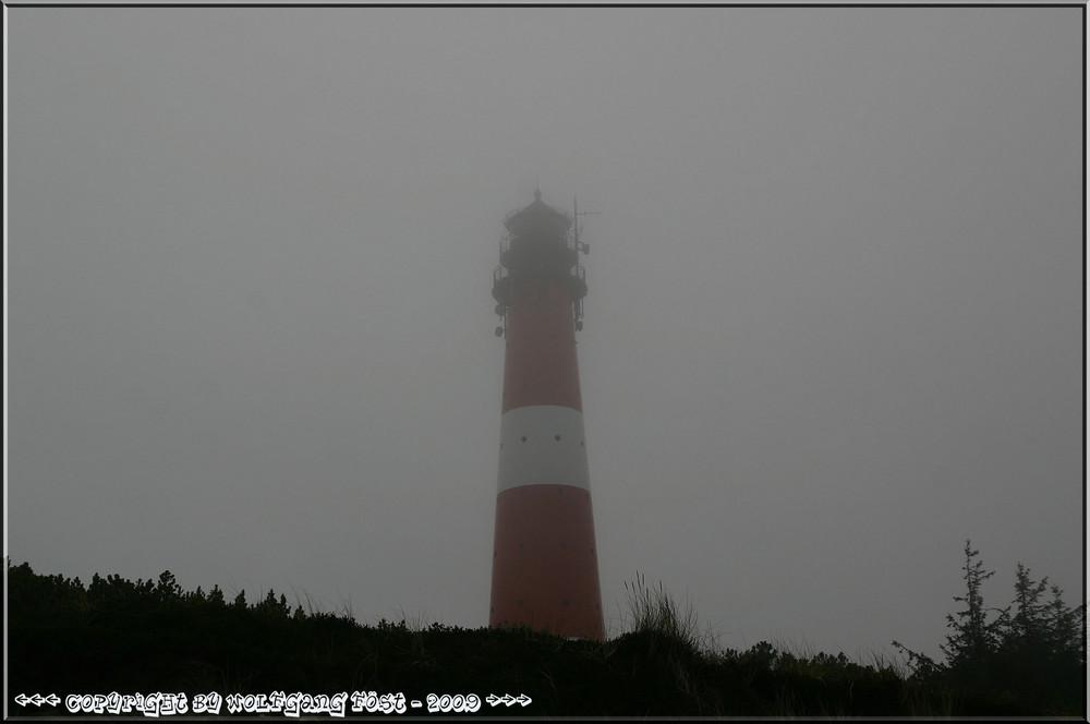 Hörnumer Leuchtturm im Seenebel