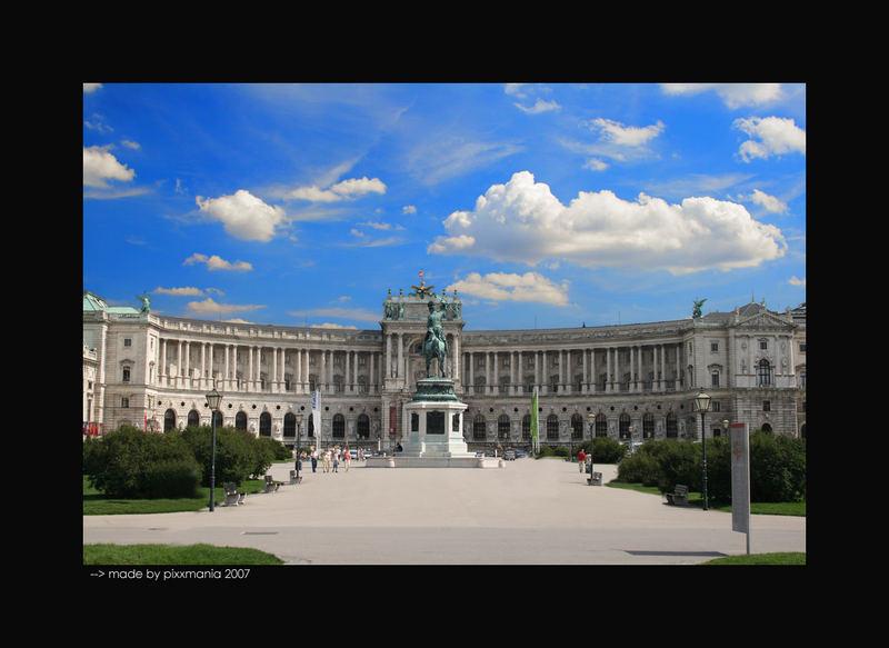Hofburg am Feiertag....