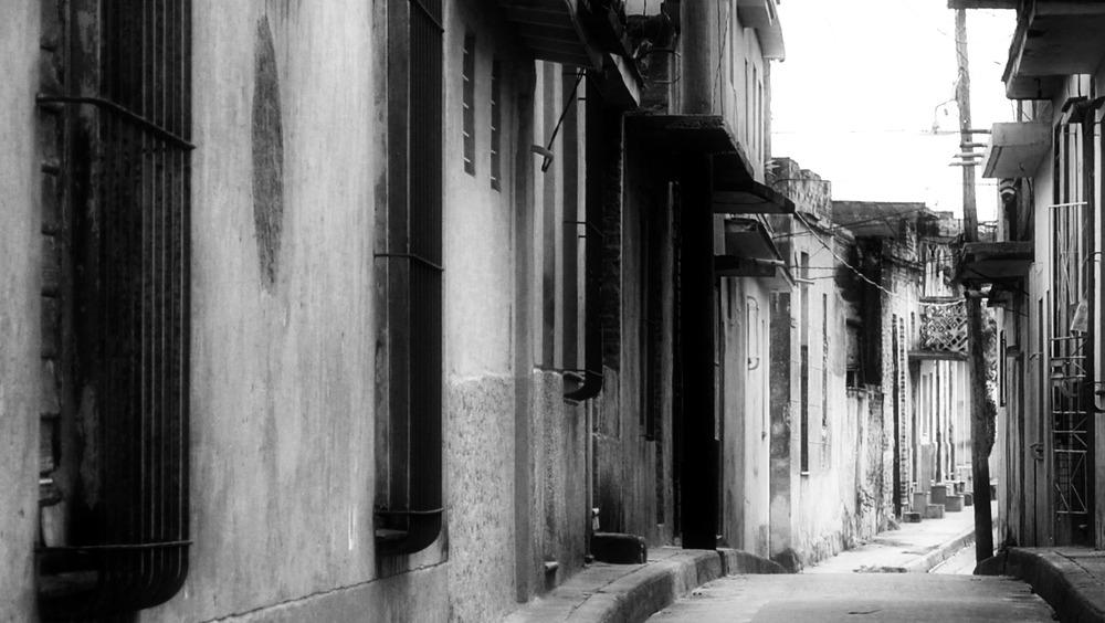 Hogares, calles,edificios y personajes