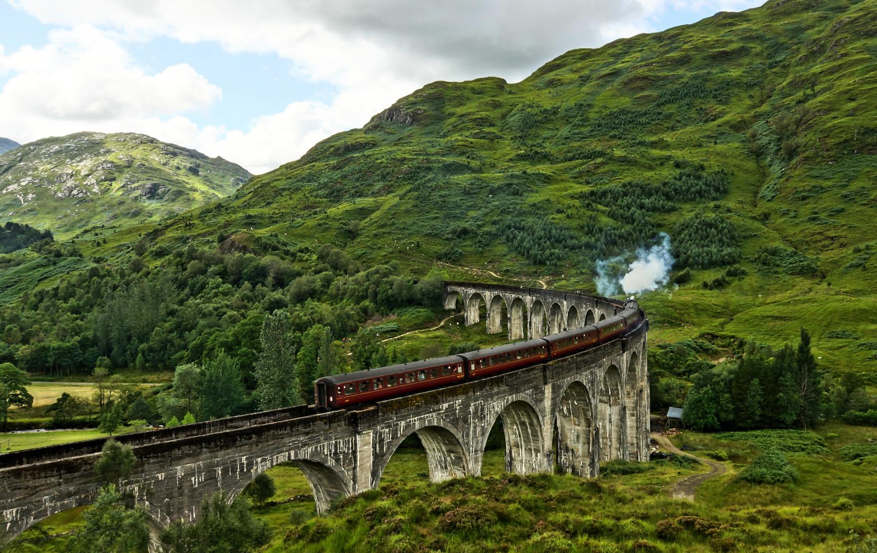 + Hogwart Express +