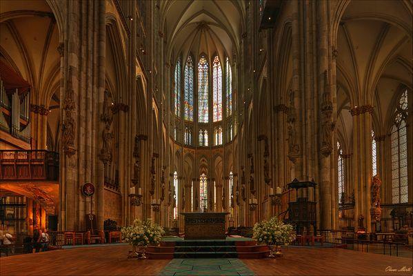 Hohe Domkirche St. Peter und Maria zu Köln.....