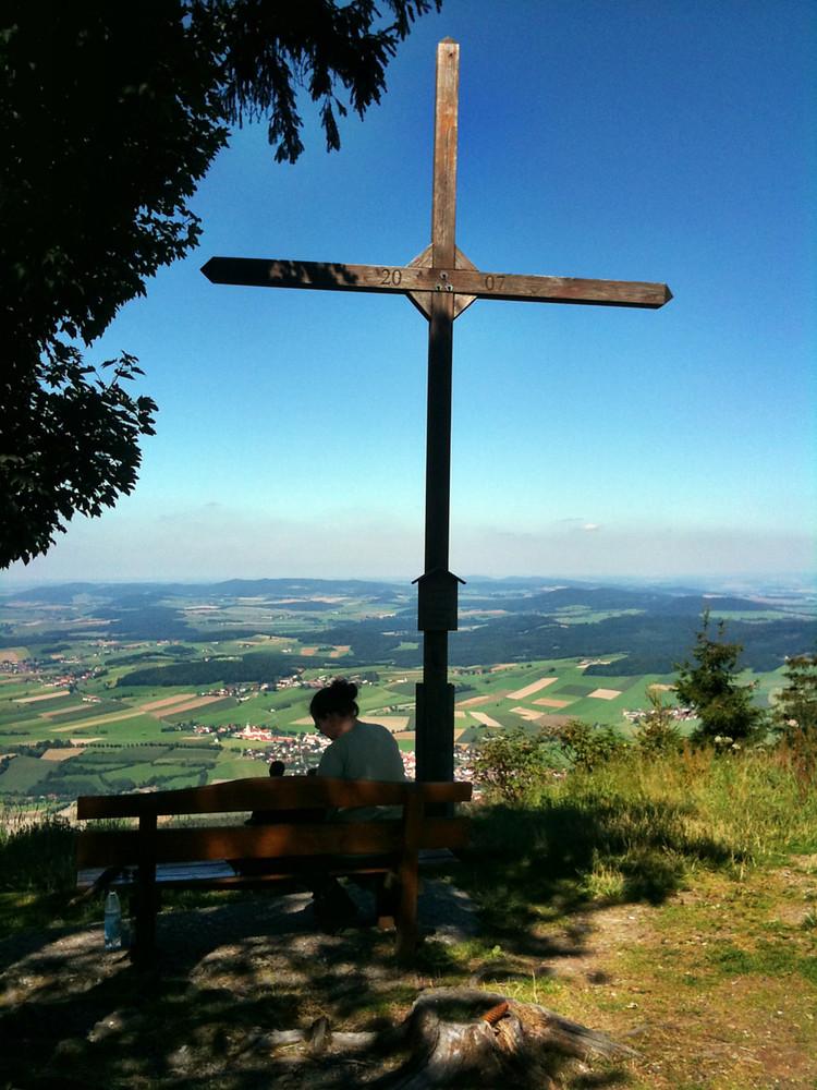 Hohen Bogen Gipfelkreuz