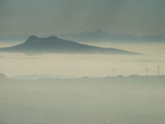 Hohentwiel im Nebel