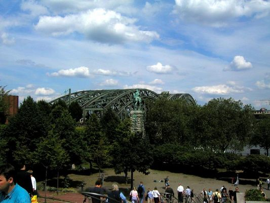 Hohenzollernbrücke/Köln