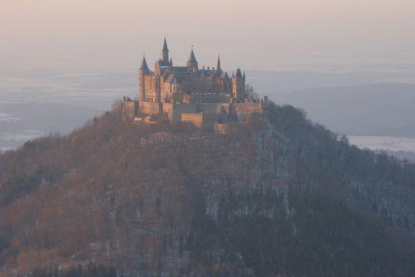 Hohenzollernburg von Osten
