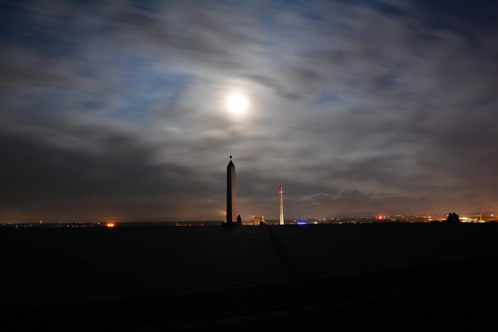 Hoheward bei Nacht