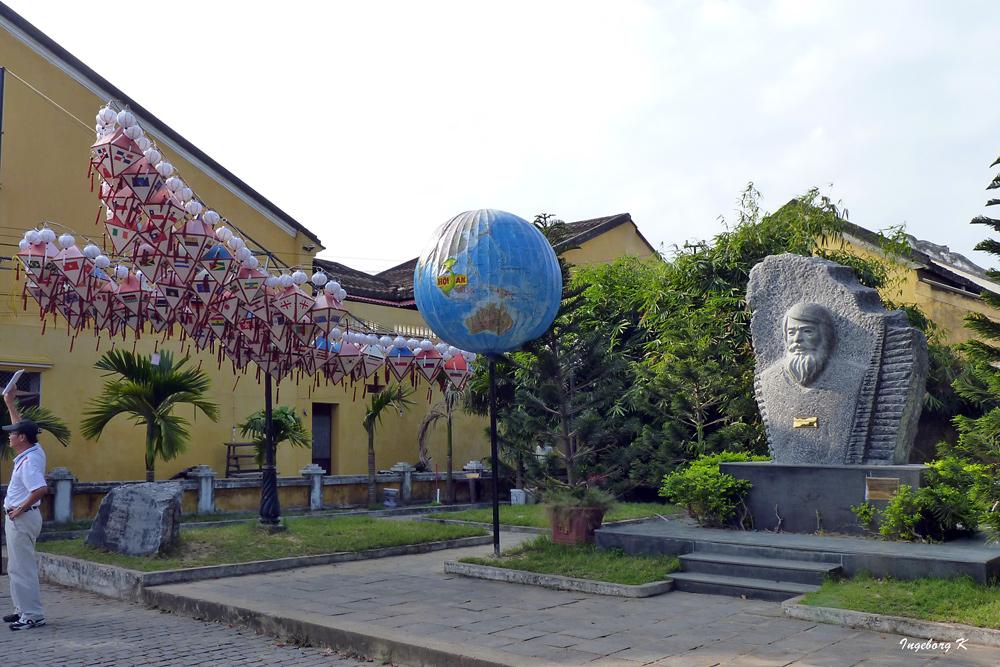 Hoi An - Denkmal den polnischen Architekten Kazimierz Kwiatkowsky