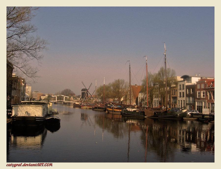 Holland-Leiden