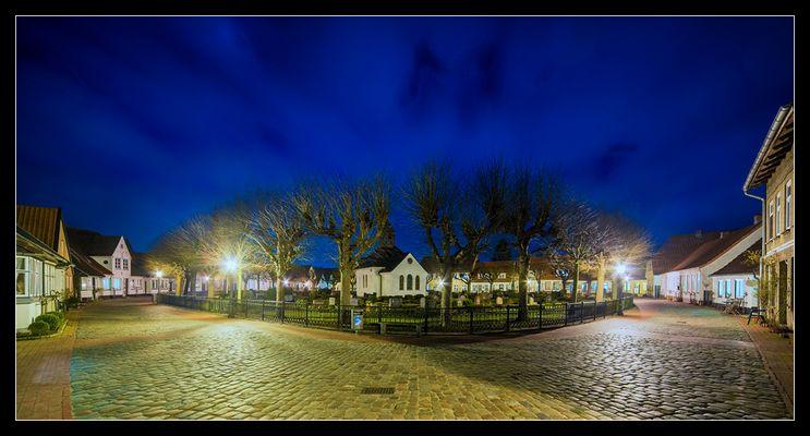 Holm bei Nacht /.2