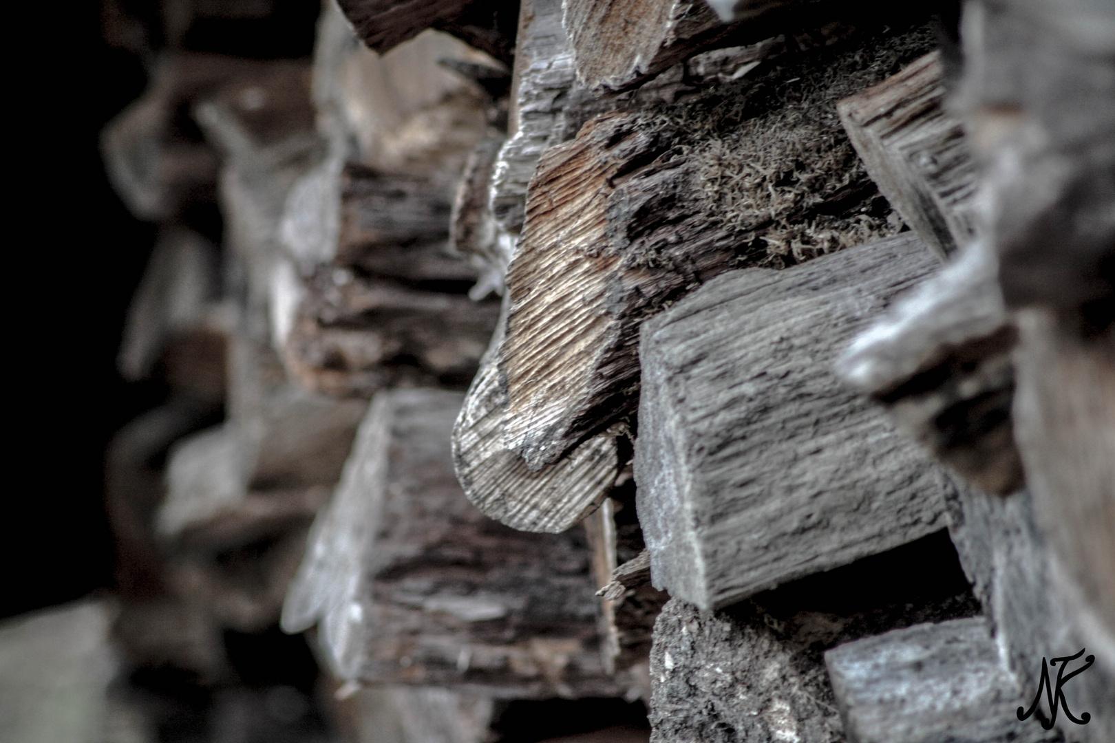 Holz in Wartestellung