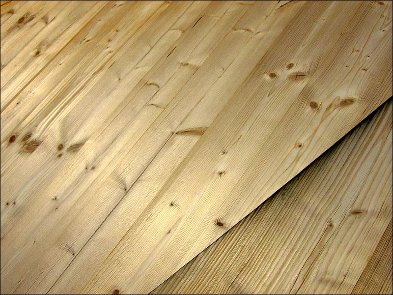 Holz von der Hütt'n