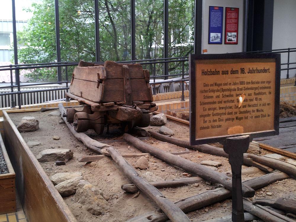 Holzbahn 16. Jahrhundert . .