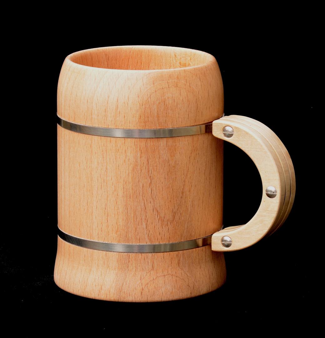 Holzgetränkebehälter....