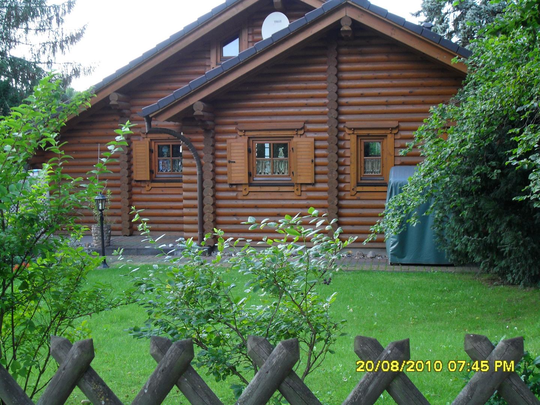 Holzhaus am Wald