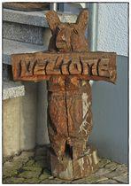 Holziges Willkommen