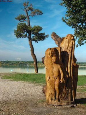 Holzkunst am Cospudener See bei Leipzig