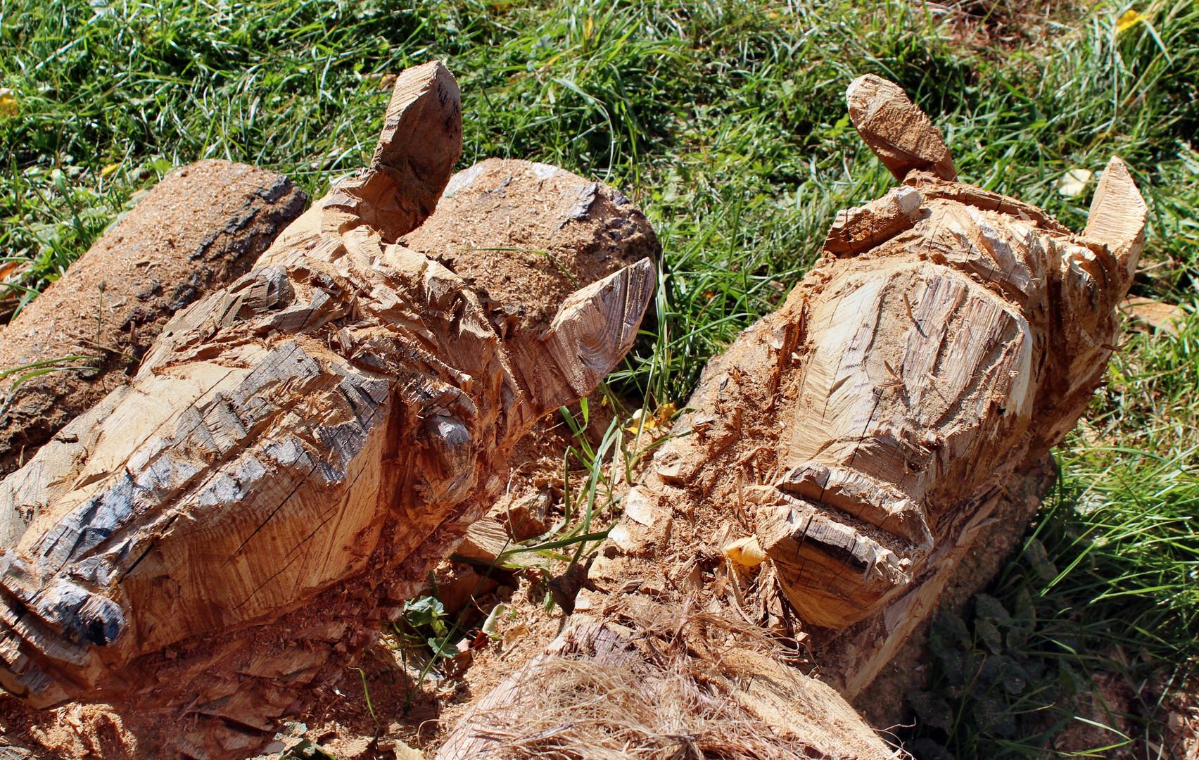 Holzschnitzerei für den Giebel der Keltenhütte