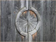 Holztür in Innichen