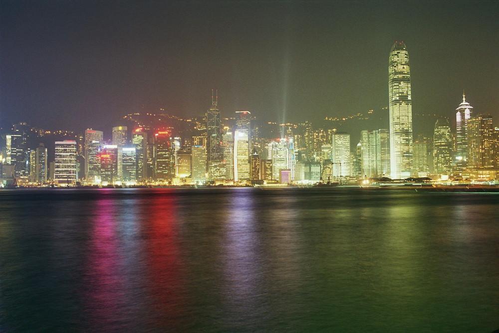 Hong Kong Island bei Nacht