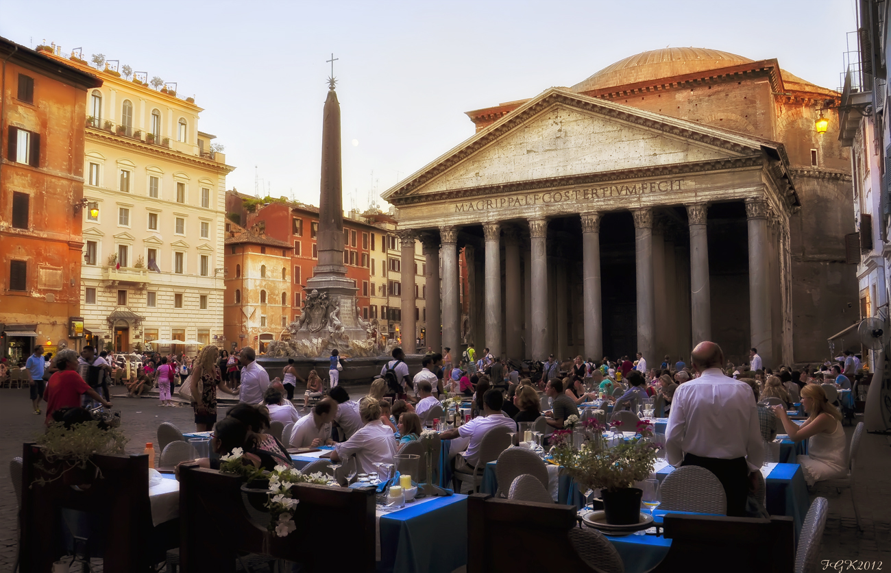 Hora de la cena ( entorno Panteon de Roma)