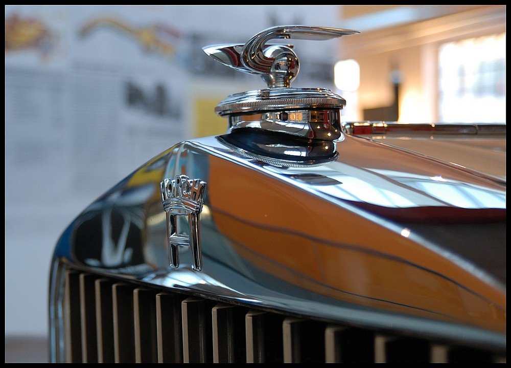 horch - 4 -