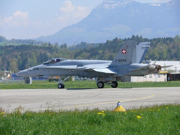 Hornet J-5006