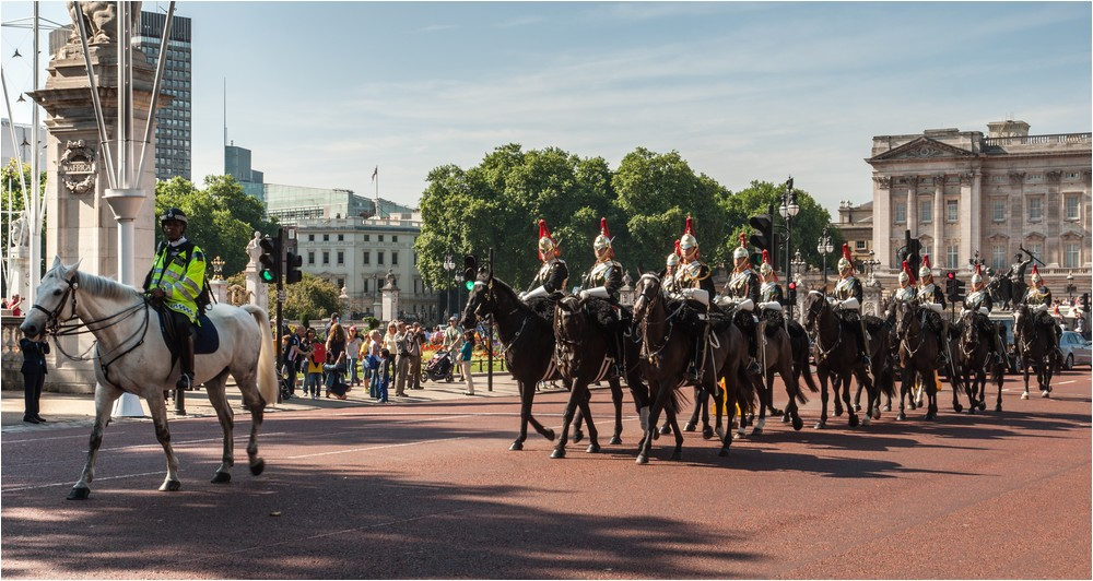Horse Guards ...