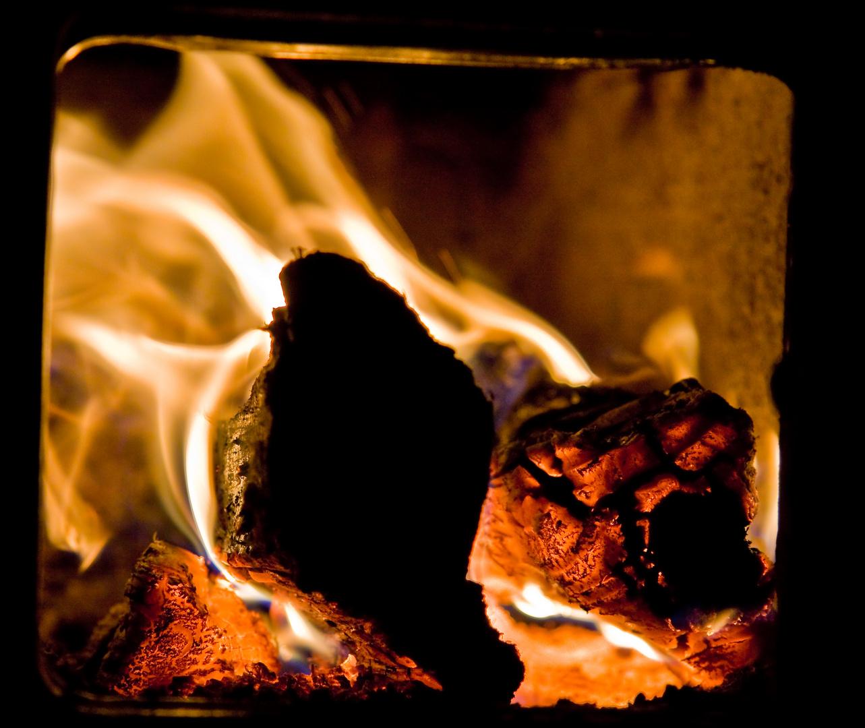 -+ Hot +-