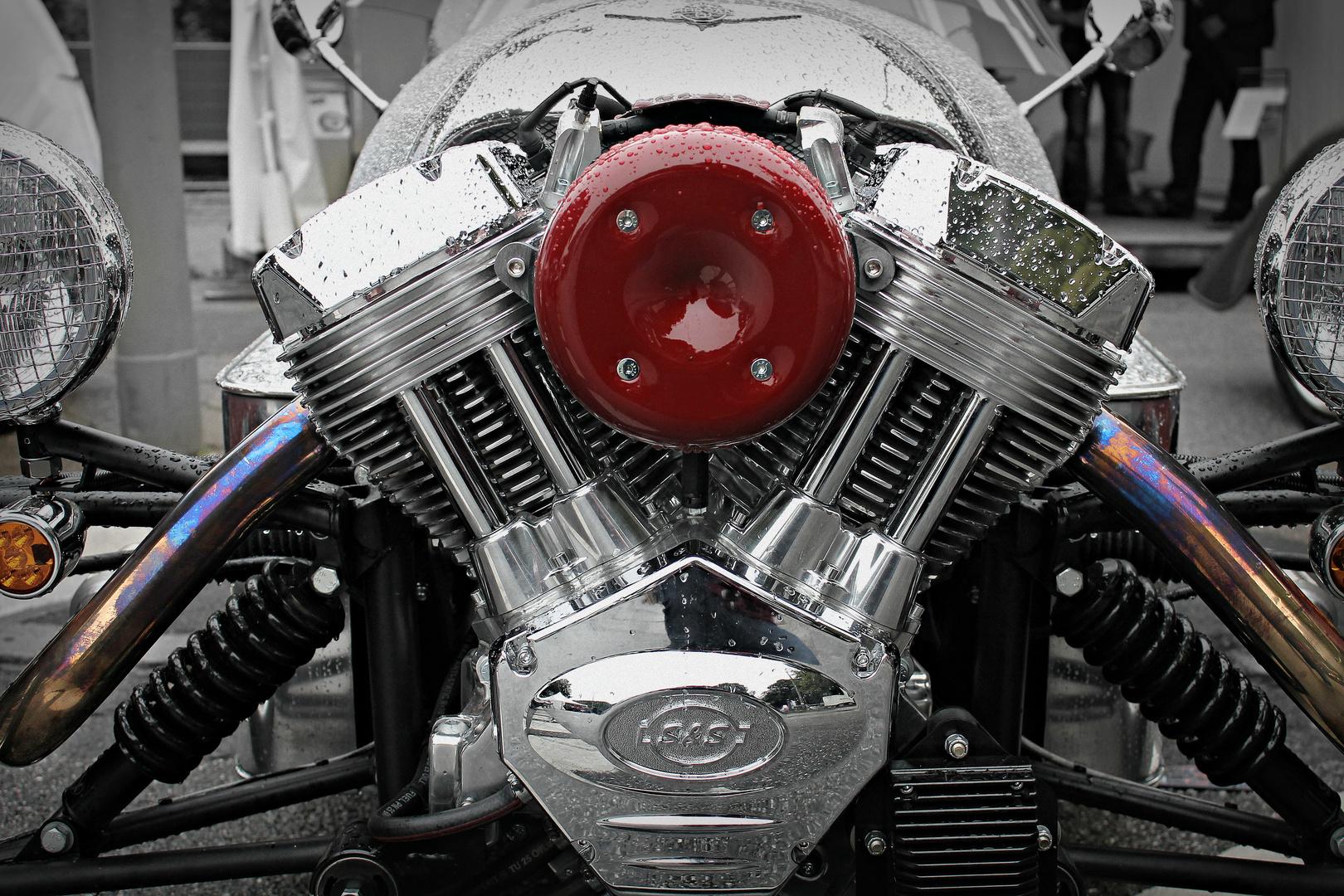 Hot V Motors