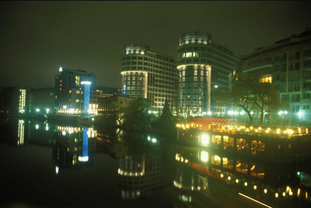 Hotel Abion & Innenministerium (am Spreebogen Berlin) (A)