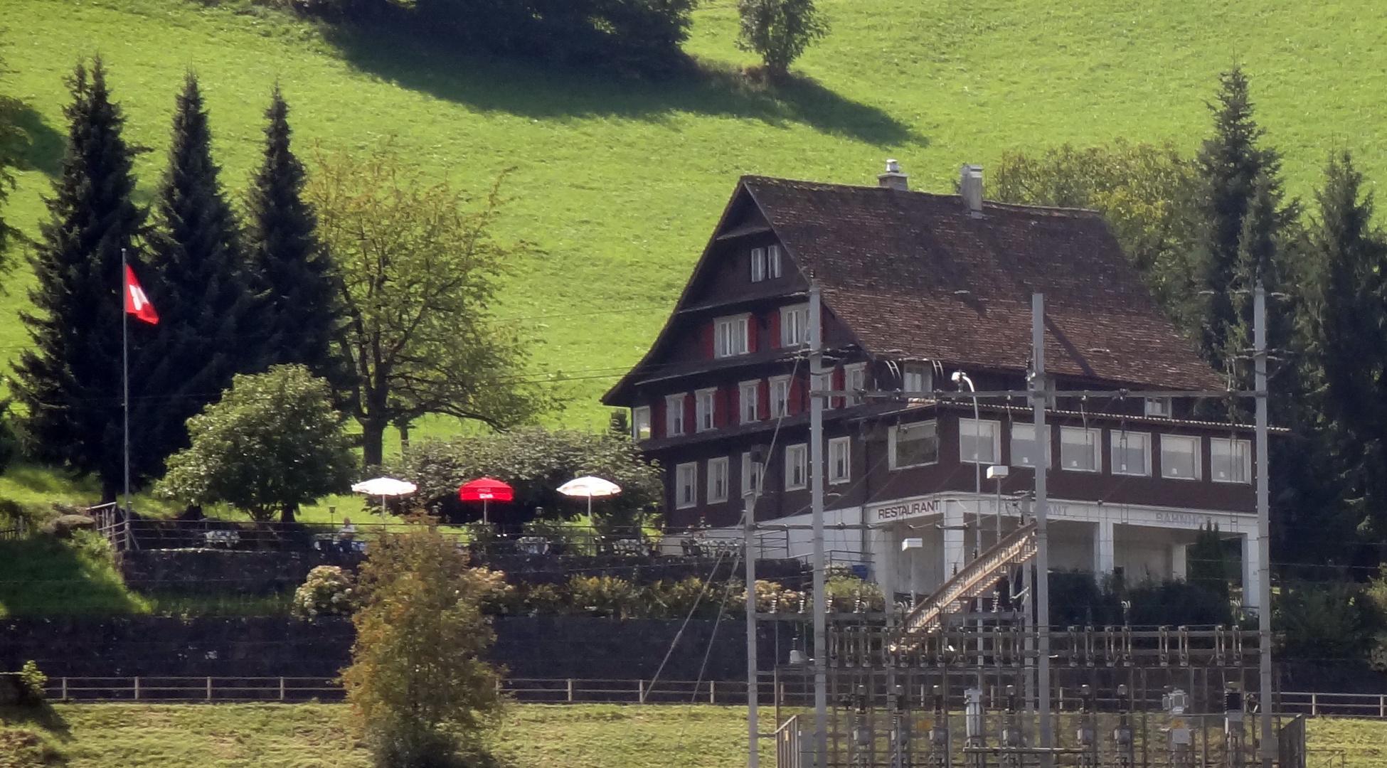 Hotel Bahnhof 2011