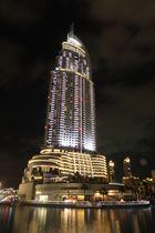 Hotel in Dubai bei Nacht