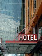 Hoteleingang am WTC Dresden