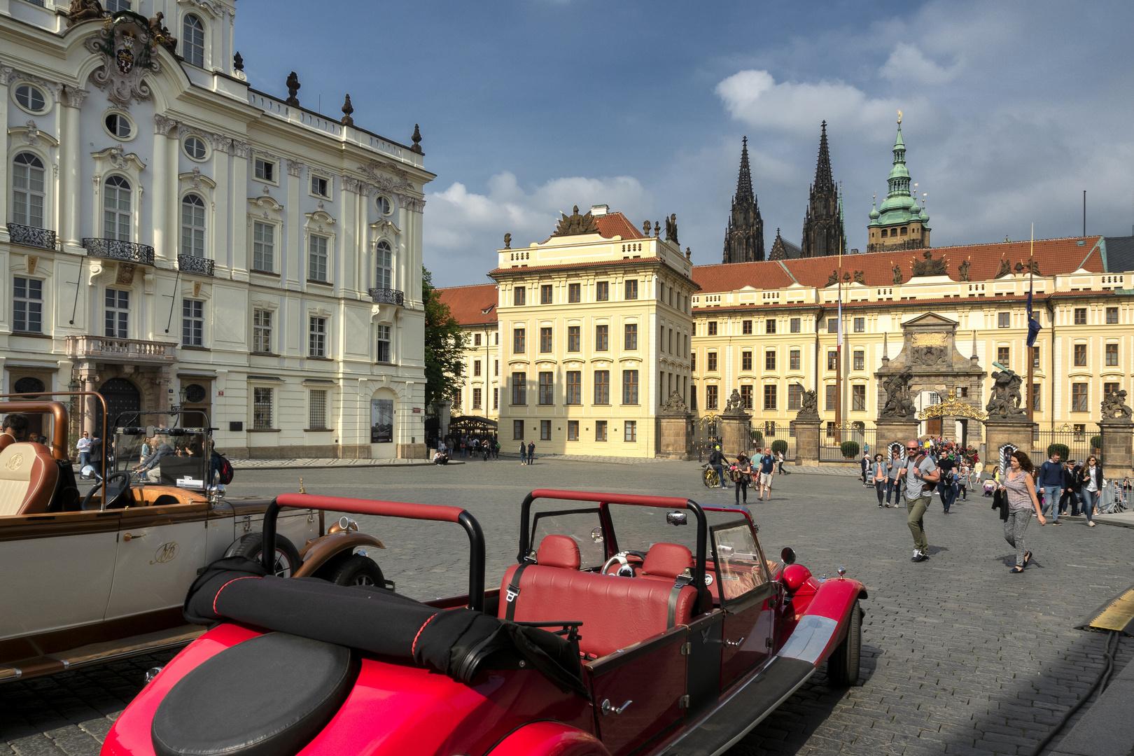 Hradcanske Square, Praga